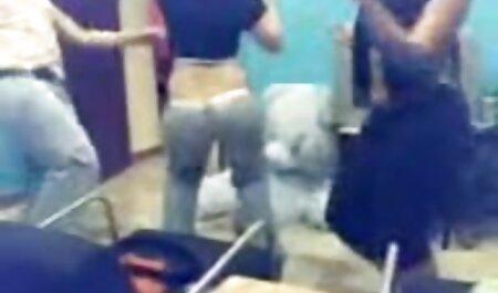 大きなお尻の女の子は、lのためにトイレで犬のスタイルを曲げ、お尻のクソ エロ アニメ 動画 イケメン