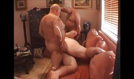 若いブロンドは彼との肛門性のポルノの代理店を驚かせようとします アダルト 動画 美男 美女