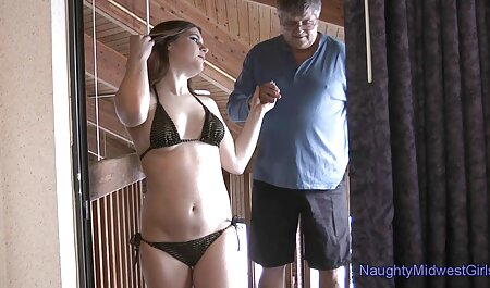 若い男と性交しようとする準備ができて成熟した女性と高くなる イケメン アニメ エロ 動画