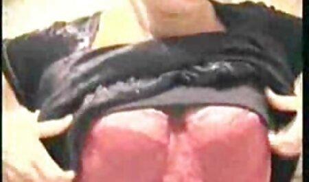 女性ランジェリー姿の美しい癌 エロ 動画 イケメン 男子