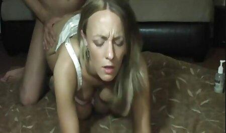 若いふしだらな女を吸って、彼女のL.とお尻で熱い性交を持っています アダルト 動画 美男 美女