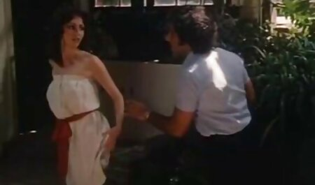 成熟した女性は、彼女のおっぱいにコックと幸せな滴下兼をオフにけいれん イケメン アニメ エロ 動画