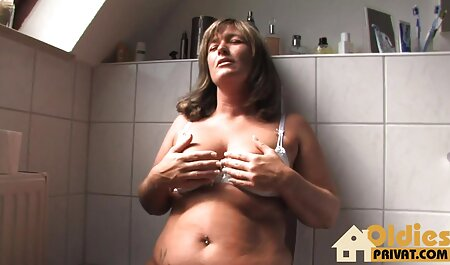 二つの成熟milfs練習レズビアン肛門と巨大strapon イケメン おっぱい 動画