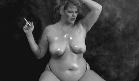 若いポルノモデルの参加を得て、堕落したセックスシーンの選択 女性 av イケメン