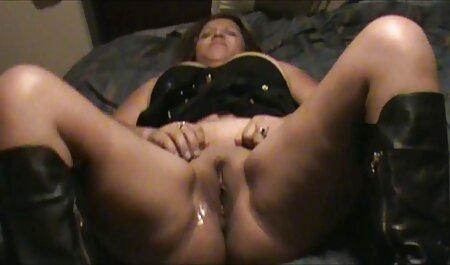 コックの男はおさげを持つ女の子の口に入り、吸っています えっち 動画 イケメン