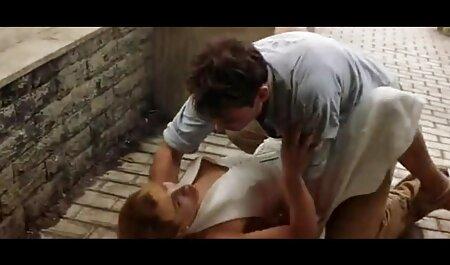 二つのbusty pornstarsと湿った穴のためのコック h な 動画 イケメン
