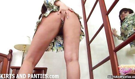 息子fucks他の女性のお尻の後に短いタッチ エロ 動画 無料 イケメン