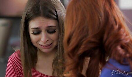 チェコの女の子は彼女のL.に残されて幸せ イケメン えろ 動画